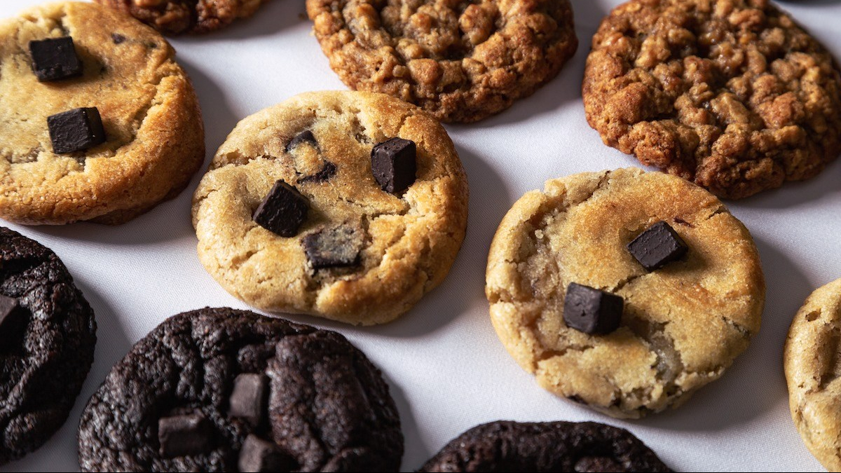 Chewy Chunky Cookies JESBAKES
