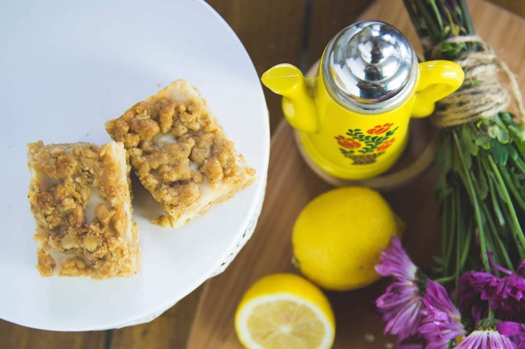 Dulce de Leche Lemon Bars JESBAKES