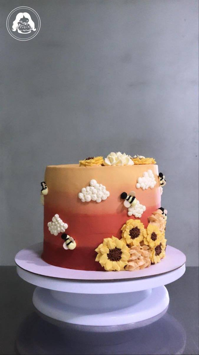 Sunflower Beez Cake JESBAKES