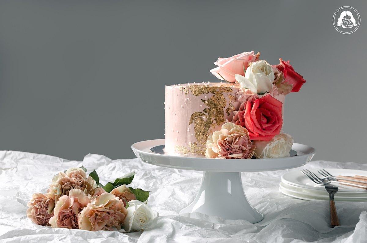 Vanilla Strawberry Wedding Cake Edible Gold Real Flowers JESBAKES