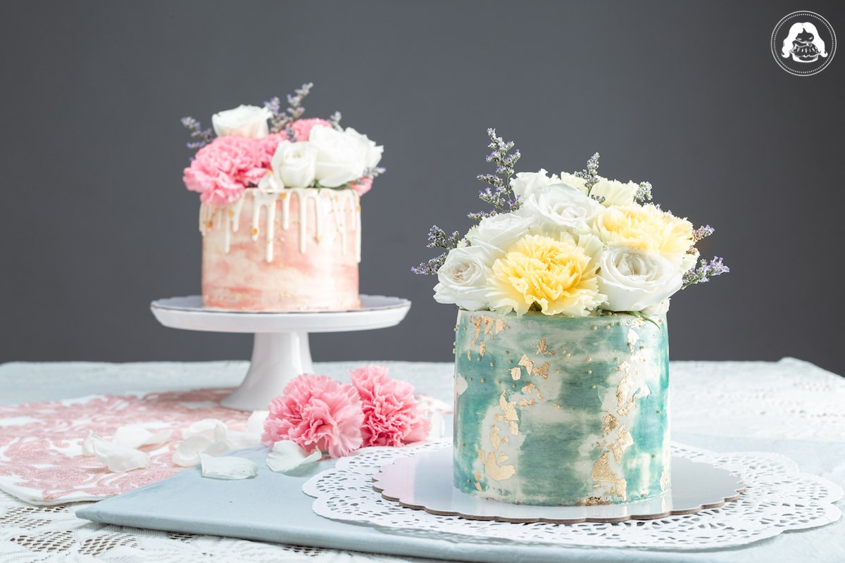 Watercolor Design Bouquet Cake Edible Gold Film Real Flowers JESBAKES